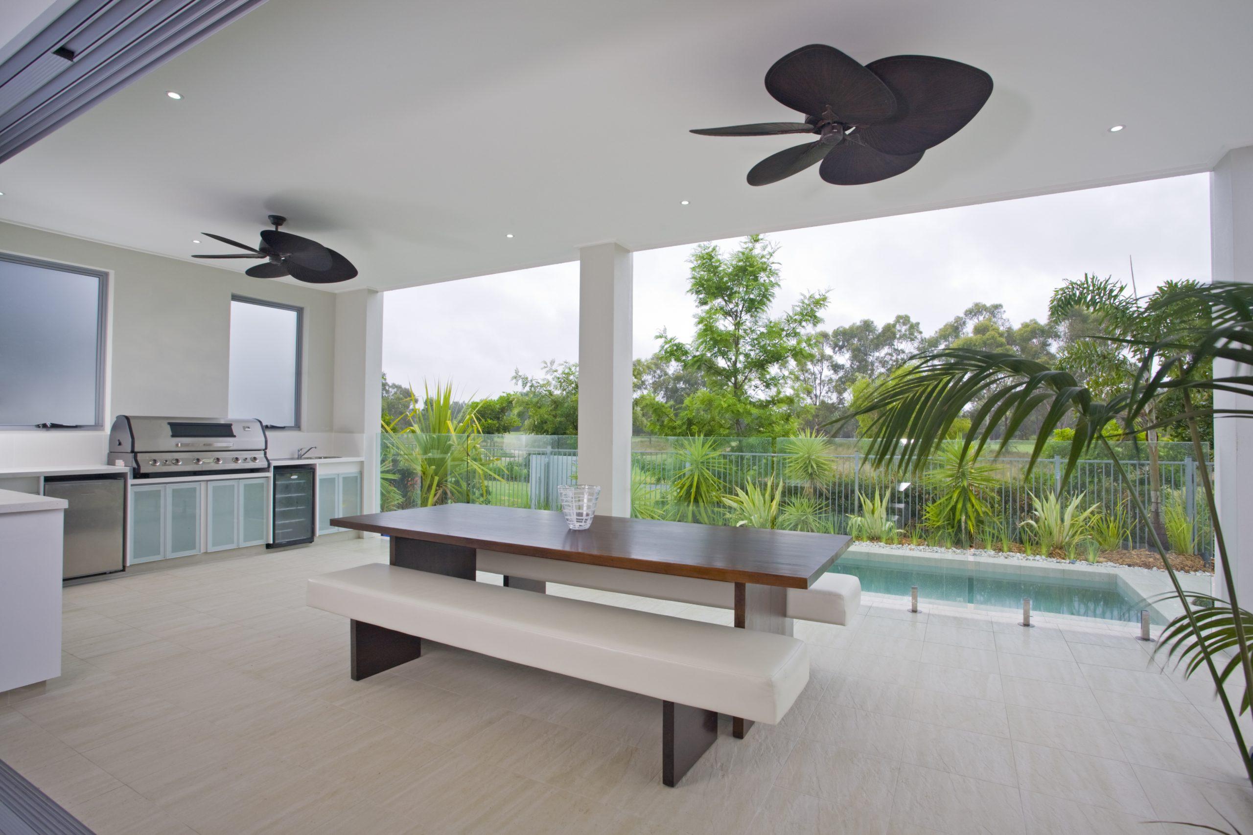 Pool deck builder Corpus Chrisit